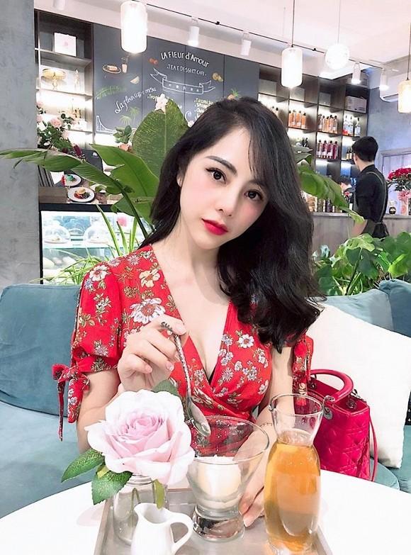 Nhan sắc nóng bỏng và điều ít biết về MC VTV vừa công khai hẹn hò Huỳnh Anh - ảnh 5