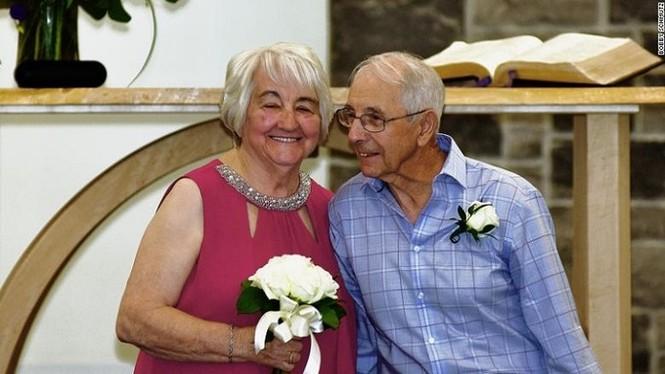 Cụ ông 84 tuổi làm đám cưới với tình đầu sau gần 7 thập kỉ xa cách gây xúc động - ảnh 2