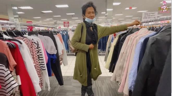 Ca sĩ Kim Ngân sống lang thang tại Mỹ: Body vẫn rất đẹp khiến Thúy Nga phải trầm trồ - ảnh 1