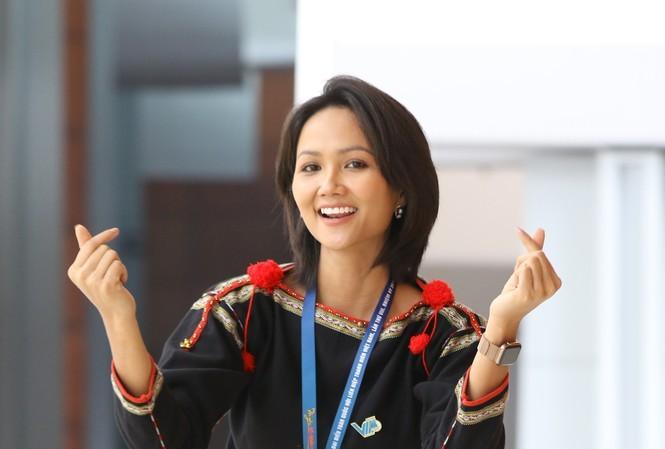 Cầu thủ Quang Hải được cử vào Ủy ban T.Ư Hội LHTN Việt Nam - ảnh 2