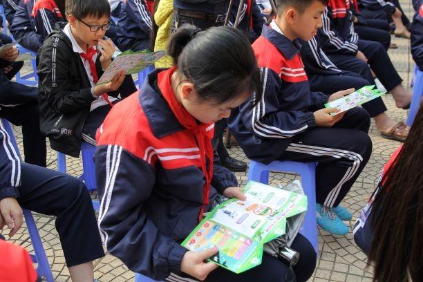 Học bổng từ rác thải mở rộng đến 10 trường học ở Hà Nội - ảnh 6