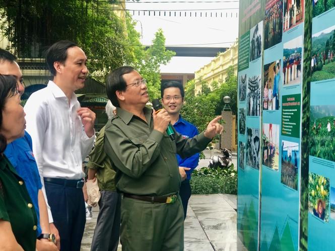 Tái hiện 70 năm hào hùng của TNXP Việt Nam qua ảnh, hiện vật - ảnh 2