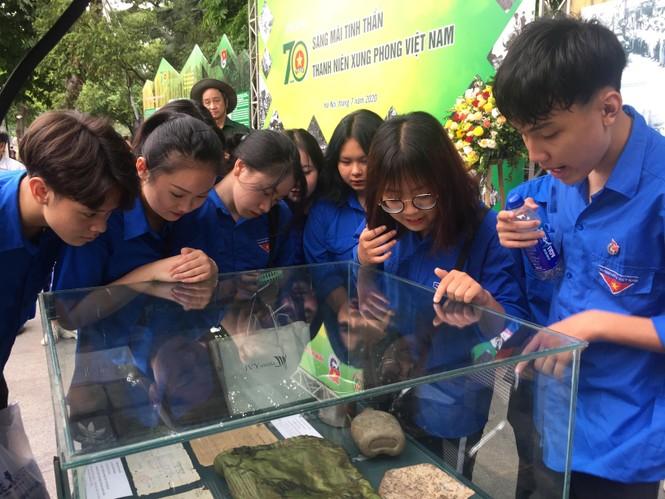 Tái hiện 70 năm hào hùng của TNXP Việt Nam qua ảnh, hiện vật - ảnh 8