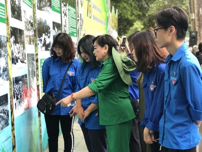 Tái hiện 70 năm hào hùng của TNXP Việt Nam qua ảnh, hiện vật - ảnh 7
