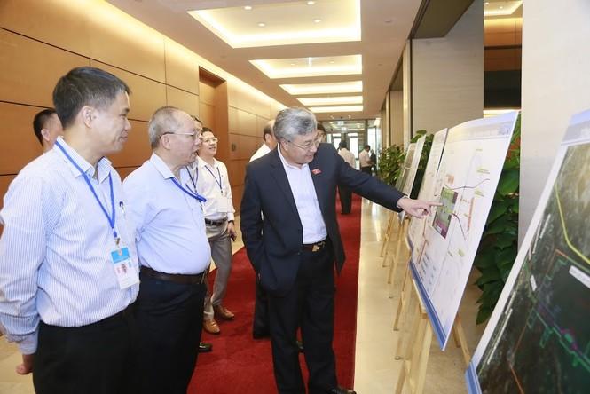 Bộ trưởng GTVT cam kết tiến độ, chất lượng tốt nhất cho sân bay Long Thành - ảnh 1