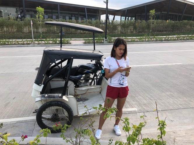 VĐV Indonesia 'mất tích' bí ẩn, Hồng Lệ ngơ ngác nhận HCĐ marathon - ảnh 1
