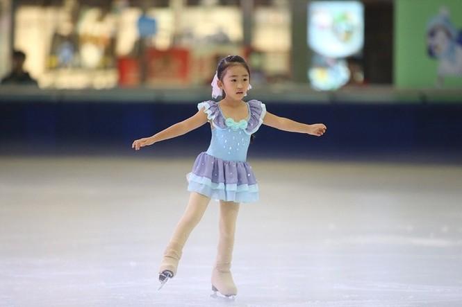 Ngắm vẻ đẹp các thiên thần trượt băng nghệ thuật  - ảnh 6