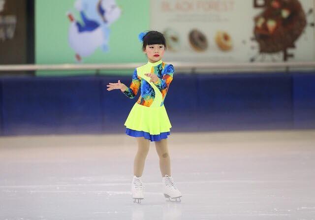 Ngắm vẻ đẹp các thiên thần trượt băng nghệ thuật  - ảnh 7