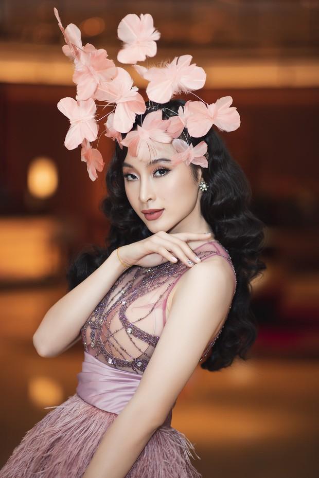 Angela Phương Trinh mặc váy trong suốt đi sự kiện - ảnh 2