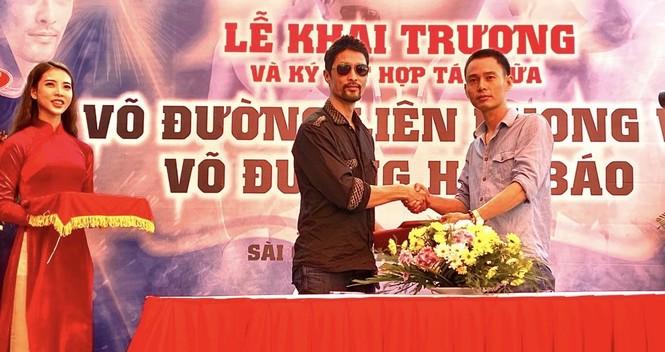 Johnny Trí Nguyễn tái xuất tại võ đường Hắc Báo MMA Club - ảnh 3