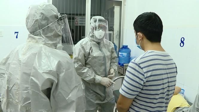 Bệnh nhân đầu tiên ở Việt Nam được chữa khỏi corona từng từ chối cách ly - ảnh 1