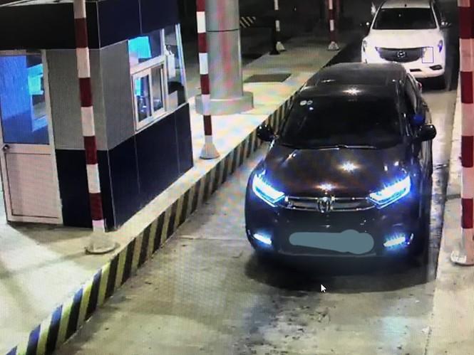 Nhiều ô tô bị ném trên cao tốc Lạng Sơn - Bắc Giang - ảnh 2