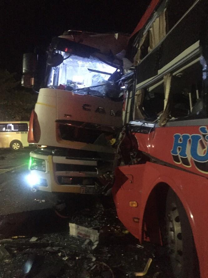 Hành khách kể lại vụ tai nạn - ảnh 1