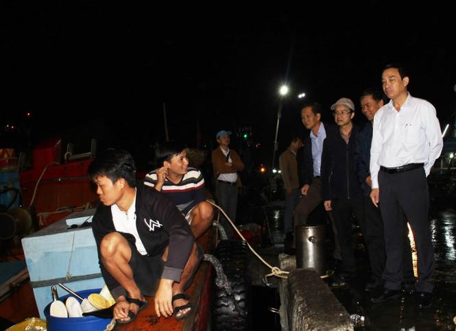 Đà Nẵng: Lãnh đạo thành phố xuyên đêm kiểm tra đột xuất ATTP cận Tết - ảnh 4