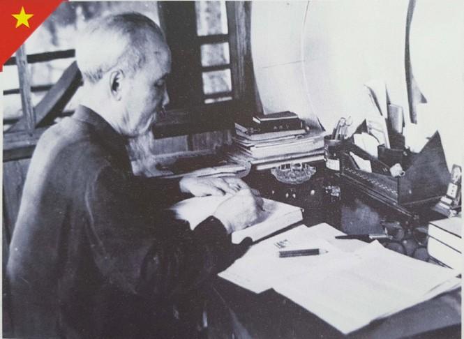 Triển lãm kỷ niệm 50 năm thực hiện Di chúc của Chủ tịch Hồ Chí Minh - ảnh 6