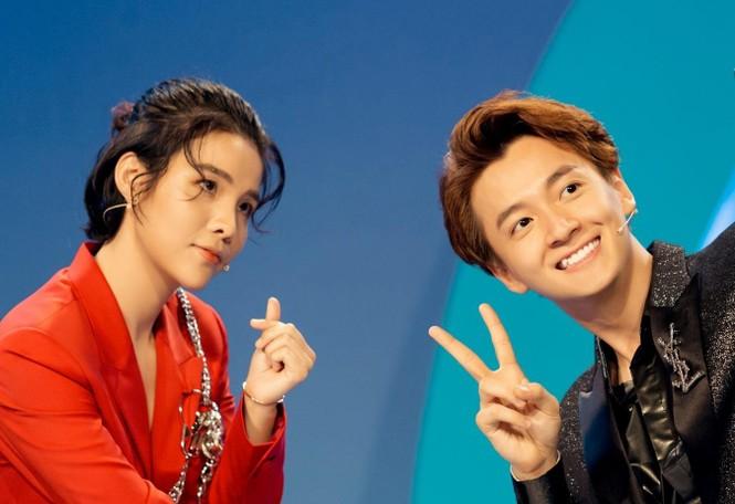 Sao Việt 24h: Vũ Cát Tường, Hoa hậu Tiểu Vy khiến khán giả bất ngờ với tạo hình mới - ảnh 2