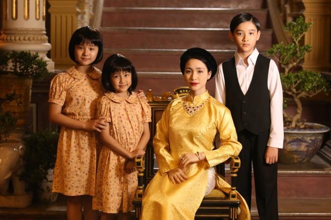 Sao Việt 24h: Vũ Cát Tường, Hoa hậu Tiểu Vy khiến khán giả bất ngờ với tạo hình mới - ảnh 5