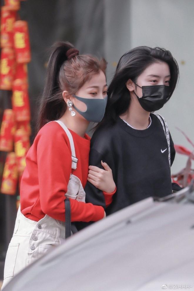 """Cẩm nang """"Thanh Xuân Có Bạn 2"""": Những đôi bạn khiến hội shipper """"thiếu nghị lực"""" (pt.1) - ảnh 1"""