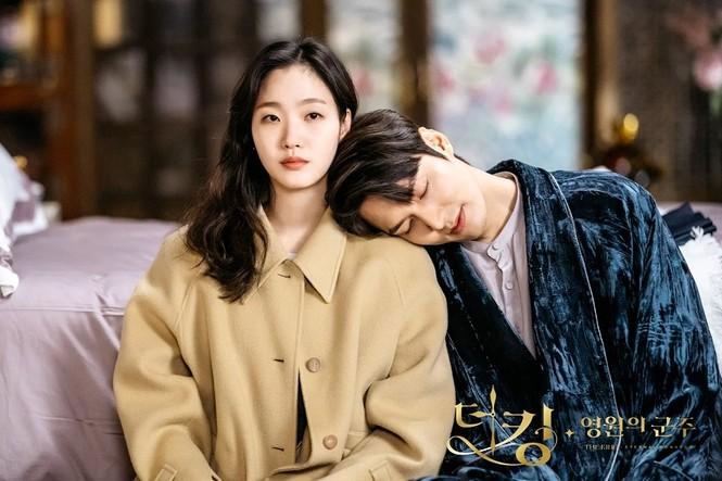 Top 10 phim Hàn có lượt xem cao nhất nửa đầu 2020: Bất ngờ nhất là vị trí đầu tiên - ảnh 3