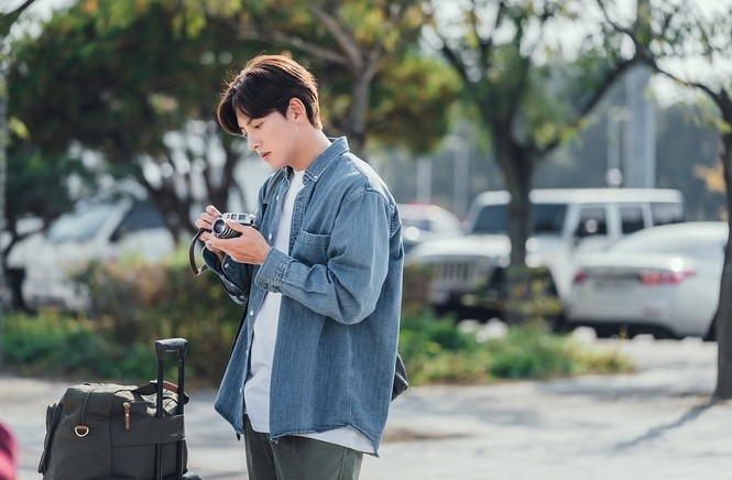 Hết nhận vai ngây ngô, Ji Chang Wook vào vai kiến trúc sư lãng mạn, ngọt ngào vô cùng hợp - ảnh 2