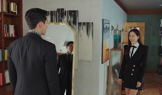 Sao Hàn đụng hàng: Hàng loạt sao Hàn mặc chung mẫu váy Balmain - ảnh 2