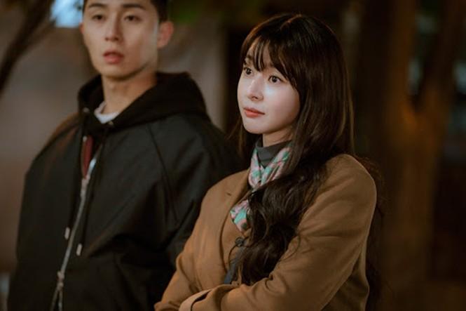 """Bí kíp để luôn đáng yêu: Giúp bạn trở nên đáng (để) yêu như những cô nàng """"Itaewon Class"""" - ảnh 1"""