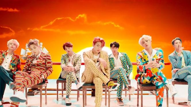 BTS kết hợp với FILA: Ra mắt bộ sưu tập Love Yourself Collection - ảnh 4