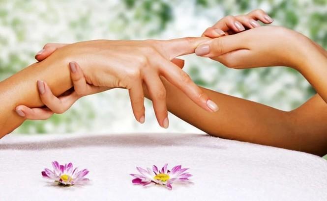 Chăm sóc da tay: Làm thế nào để tay luôn xinh - ảnh 1