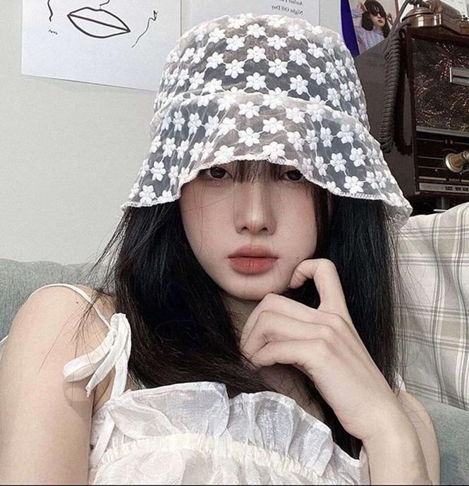 Mũ bucket ren: Kiểu mũ đang là hot trend của giới trẻ Hàn Quốc - ảnh 3
