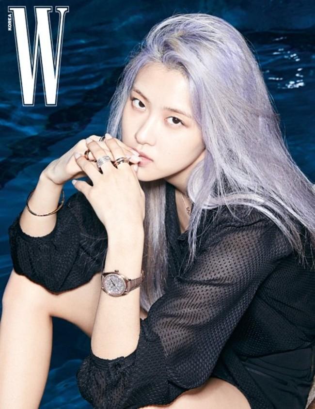 Rosé (BLACKPINK) lại có bộ ảnh siêu đẹp trên W tháng 8 với mái tóc tím khói thần thánh - ảnh 6