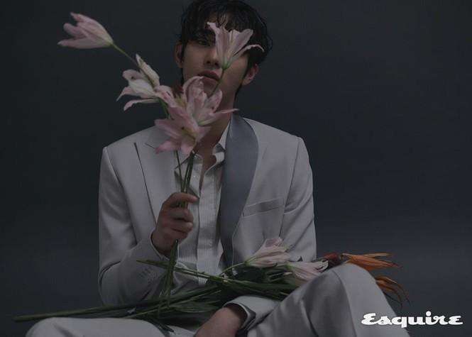 """Ahn Hyo Seop, """"mỹ nam"""" sở hữu đôi chân dài tít tắp, hình mẫu boyfriend mới của fangirl - ảnh 2"""