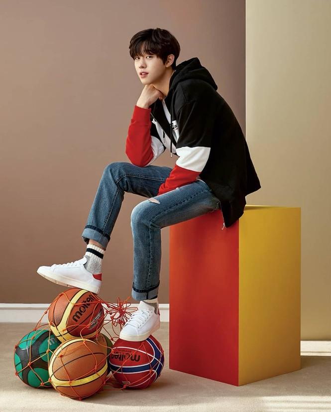 """Ahn Hyo Seop, """"mỹ nam"""" sở hữu đôi chân dài tít tắp, hình mẫu boyfriend mới của fangirl - ảnh 4"""