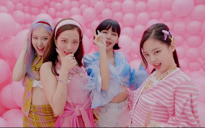 Bạn sẽ không nhịn được cười và thở phào vì các idol group đã không debut với cái tên này - ảnh 2