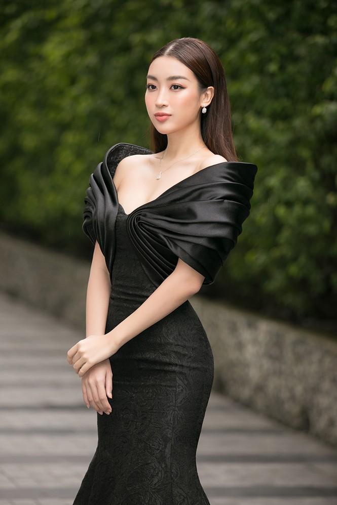 Dàn hậu xuất hiện xinh tươi trẻ trung bất ngờ trong buổi sơ khảo phía Nam Hoa Hậu Việt Nam 2020 - ảnh 6