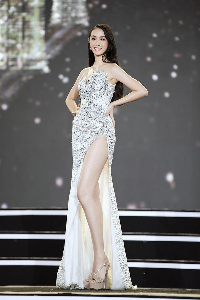 Top 35 Hoa hậu Việt Nam 2020 chính thức lộ diện trong trang phục dạ hội xinh đẹp lộng lẫy - ảnh 34