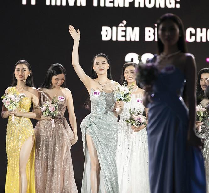 Top 35 Hoa hậu Việt Nam 2020 chính thức lộ diện trong trang phục dạ hội xinh đẹp lộng lẫy - ảnh 36