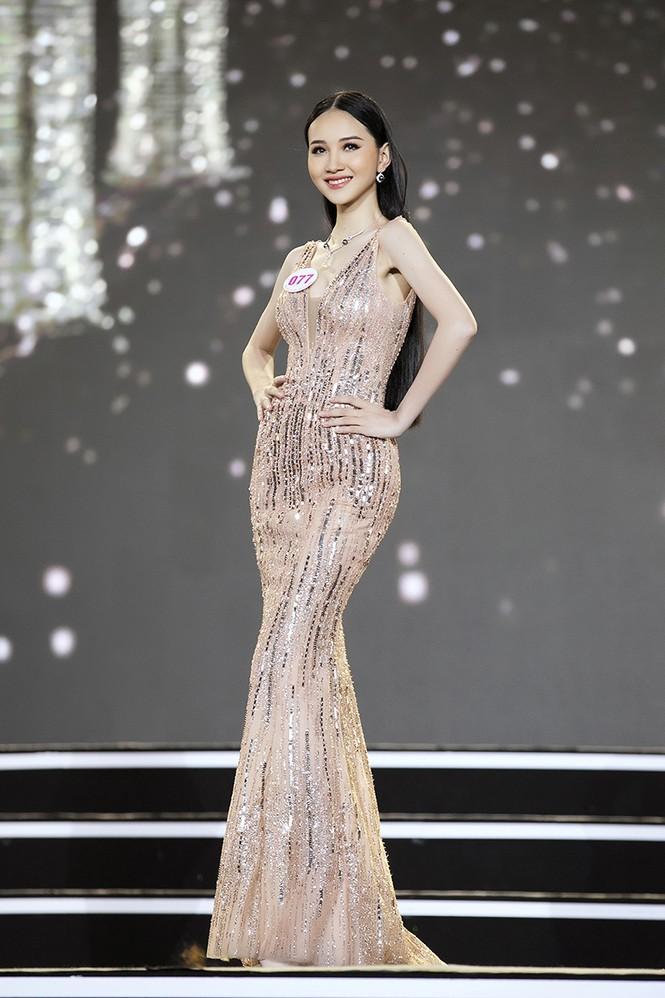 Top 35 Hoa hậu Việt Nam 2020 chính thức lộ diện trong trang phục dạ hội xinh đẹp lộng lẫy - ảnh 18