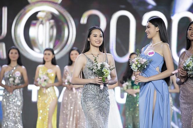 Top 35 Hoa hậu Việt Nam 2020 chính thức lộ diện trong trang phục dạ hội xinh đẹp lộng lẫy - ảnh 37