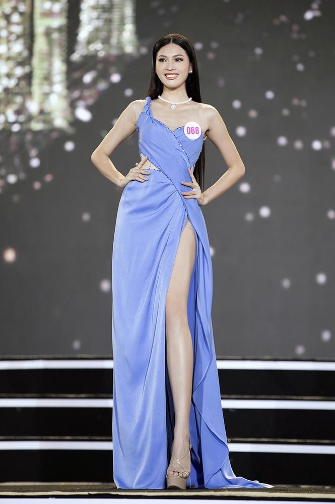 Top 35 Hoa hậu Việt Nam 2020 chính thức lộ diện trong trang phục dạ hội xinh đẹp lộng lẫy - ảnh 26