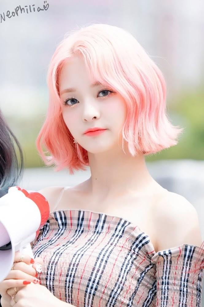 Người sở hữu mái tóc hồng đẹp nhất K-Pop không phải Rosé (BLACKPINK) mà là nam idol này - ảnh 5