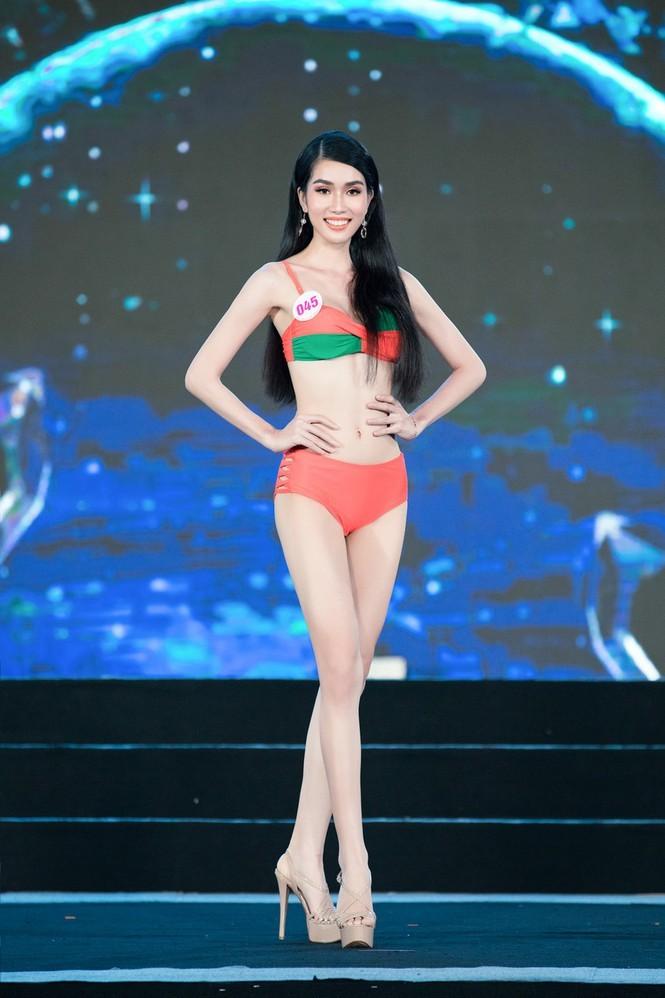 Ngắm nhan sắc xinh đẹp của 2 thí sinh có điểm IELTS cao nhất Top 35 Hoa Hậu Việt Nam 2020 - ảnh 2