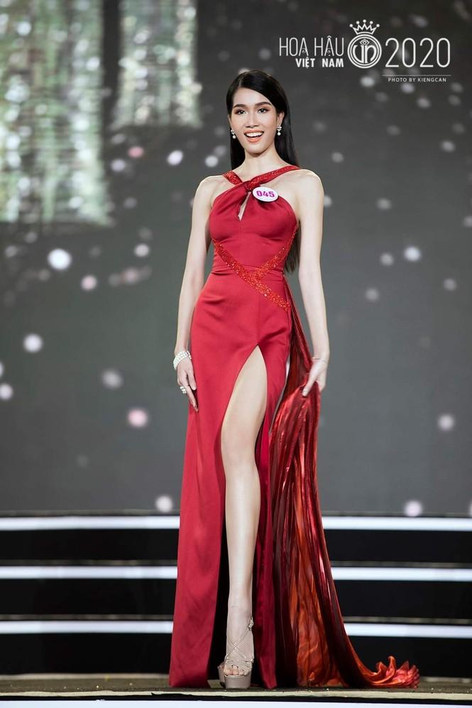 Ngắm nhan sắc xinh đẹp của 2 thí sinh có điểm IELTS cao nhất Top 35 Hoa Hậu Việt Nam 2020 - ảnh 3