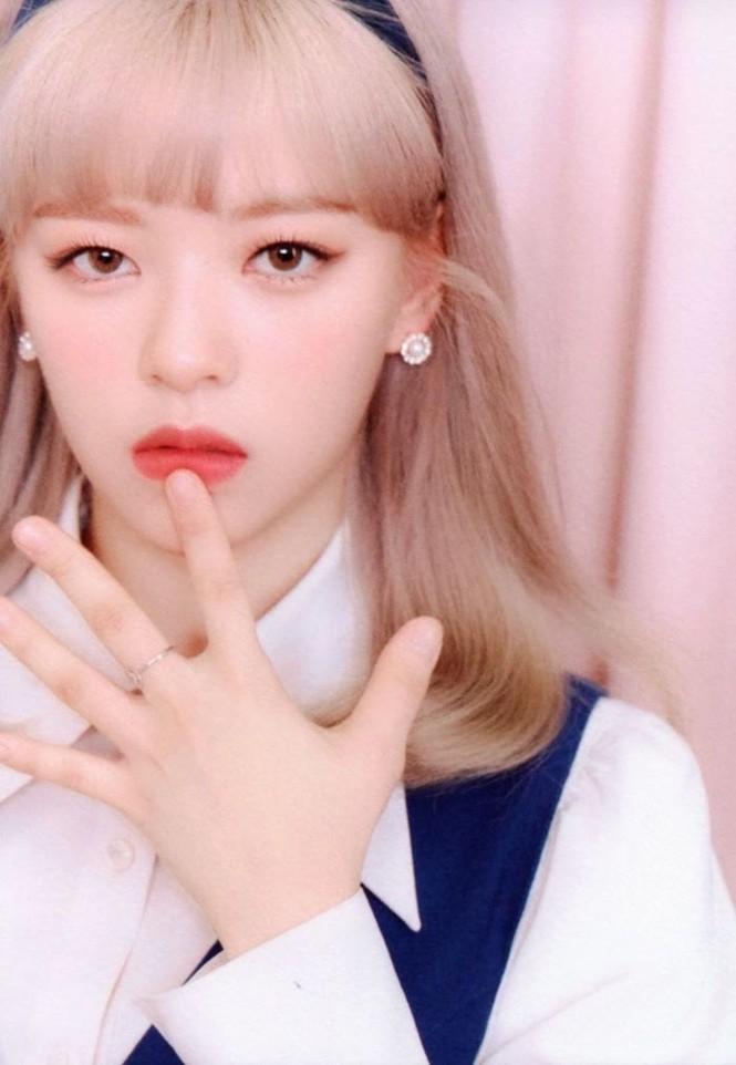 """Vì sao netizen Hàn """"năn nỉ"""" stylist cho TWICE mặc trang phục ở album mới phiên bản Retro? - ảnh 7"""