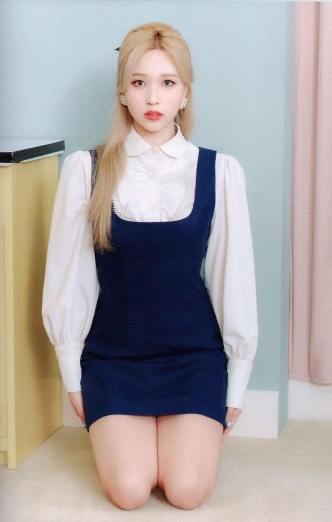 """Vì sao netizen Hàn """"năn nỉ"""" stylist cho TWICE mặc trang phục ở album mới phiên bản Retro? - ảnh 19"""