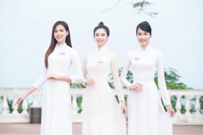 Dàn thí sinh Hoa Hậu Việt Nam 2020 khoe nhan sắc ngọt ngào trước biển trời Vũng Tàu - ảnh 4