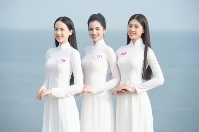 Dàn thí sinh Hoa Hậu Việt Nam 2020 khoe nhan sắc ngọt ngào trước biển trời Vũng Tàu - ảnh 3