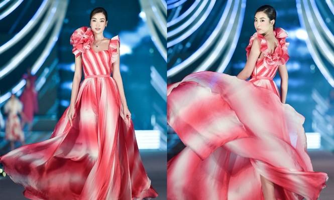 Đỗ Mỹ Linh vừa là Giám khảo, vừa là vedette đêm Người đẹp Thời trang của Hoa Hậu Việt Nam - ảnh 3