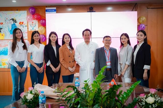 Dự án Nhân ái của Hoa Hậu Việt Nam gây xúc động với câu chuyện từ người phụ nữ bị huỷ dung - ảnh 1