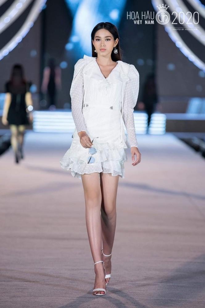 Khám phá profile ấn tượng của Top 5 Người đẹp Thời trang Hoa Hậu Việt Nam 2020 - ảnh 12