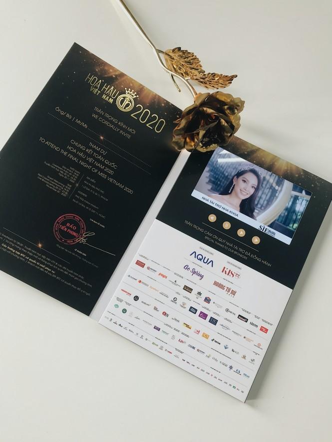 Hoa Hậu Việt Nam 2020: Hé lộ hình ảnh vé mời đặc biệt của đêm Chung kết toàn quốc - ảnh 2